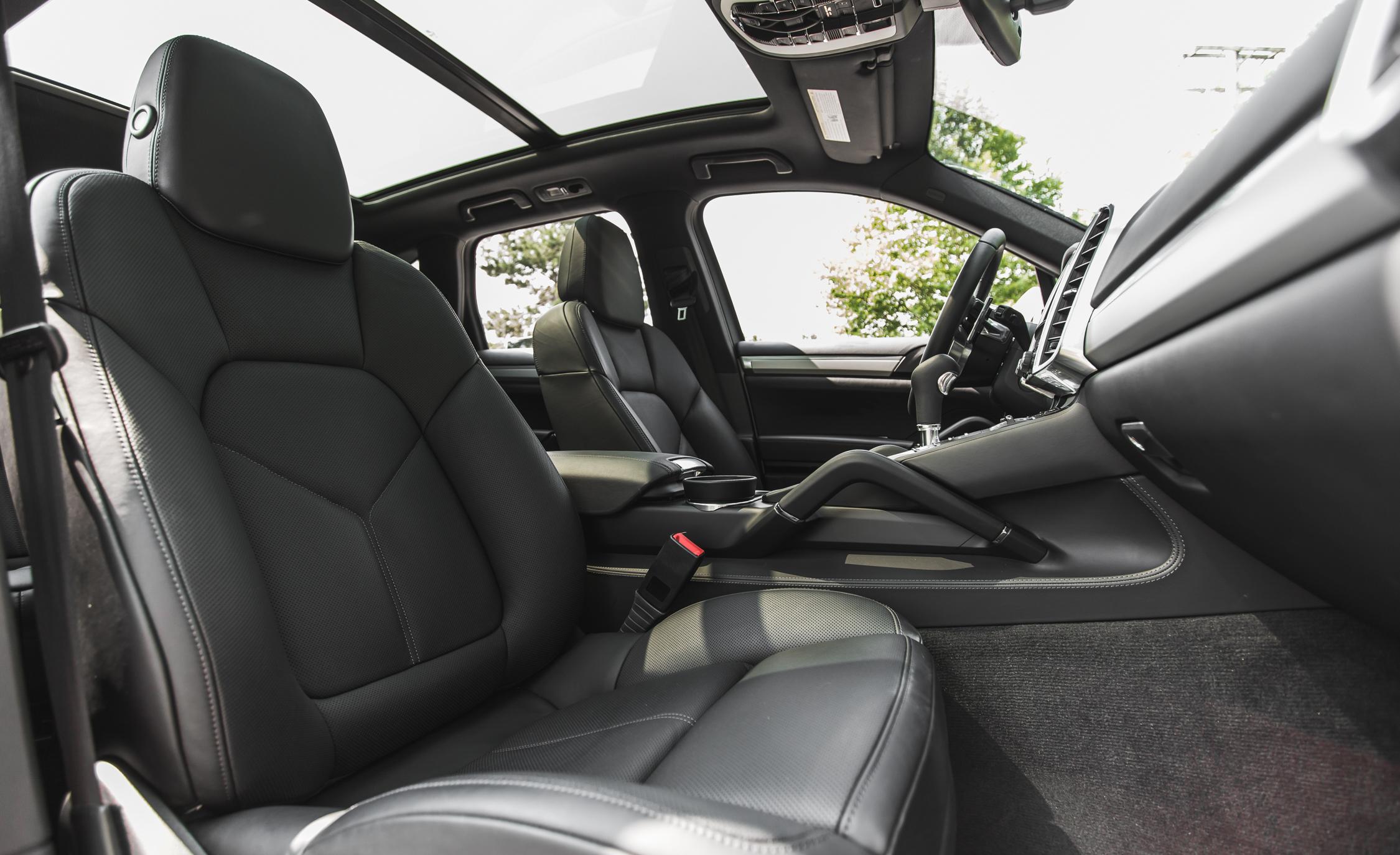 2015 Porsche Cayenne S E-Hybrid Interior Front Passenger Seat