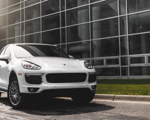 2015 Porsche Cayenne S E-Hybrid Preview
