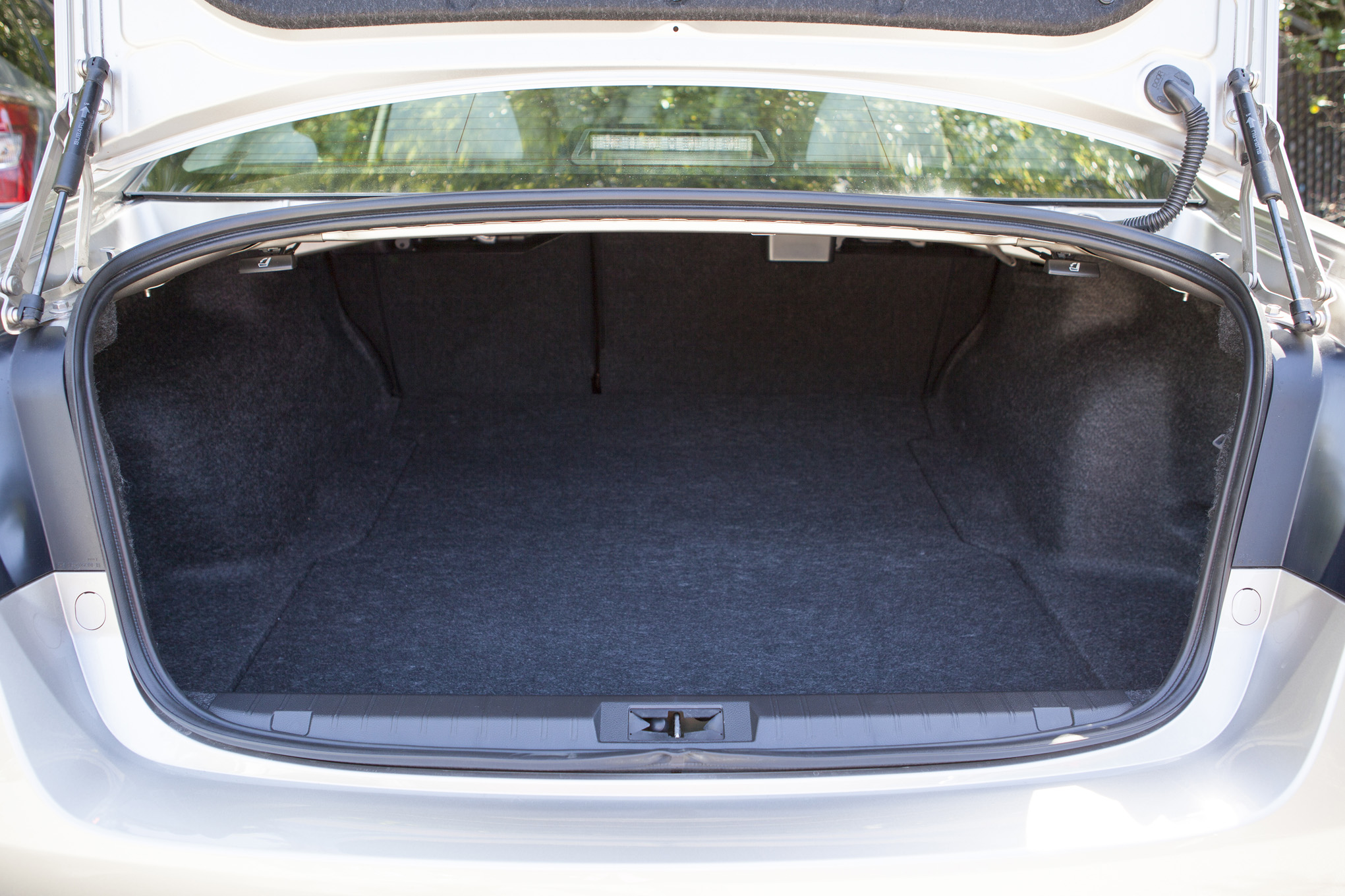 2015 Subaru Legacy Trunk