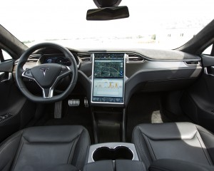 2015 Tesla Model S P85D Dashboard Interior