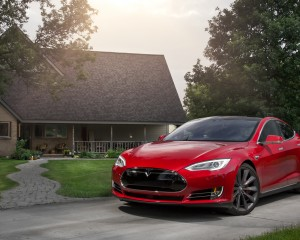 2015 Tesla Model S P85D Exterior Preview