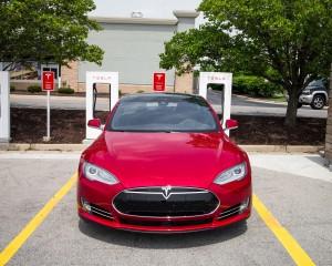 2015 Tesla Model S P85D Front End Design