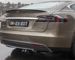 2015 Tesla Model S P85D Rear Body Close-Up
