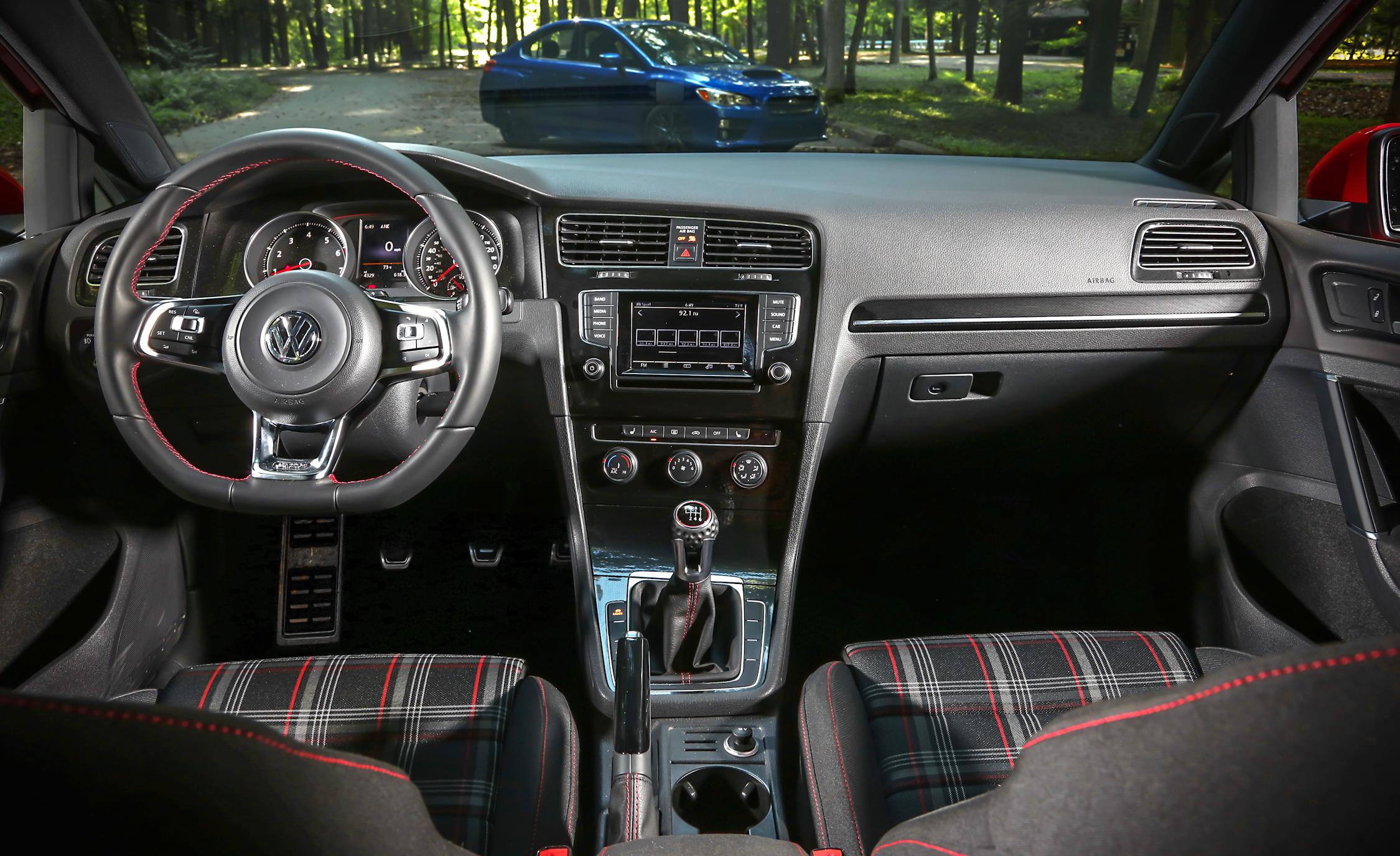 2015 Volkswagen GTI Interior Cockpit and Dashboard