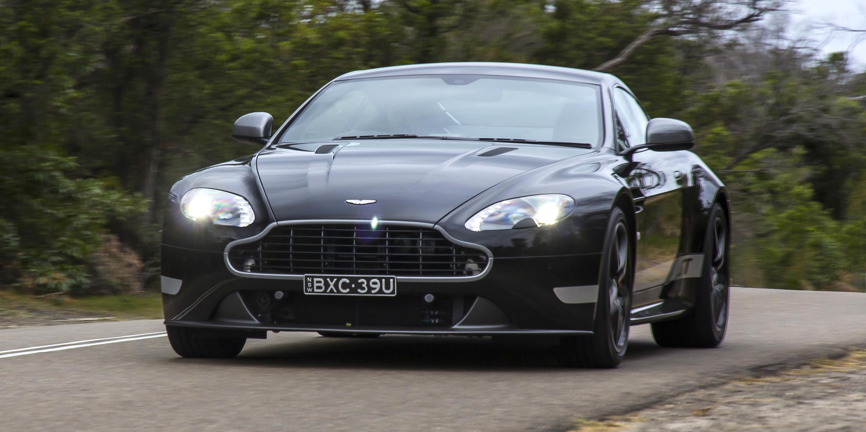 2016 Aston Martin Vantage GT Black