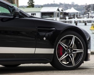 2016 Aston Martin Vantage GT Front Wheel