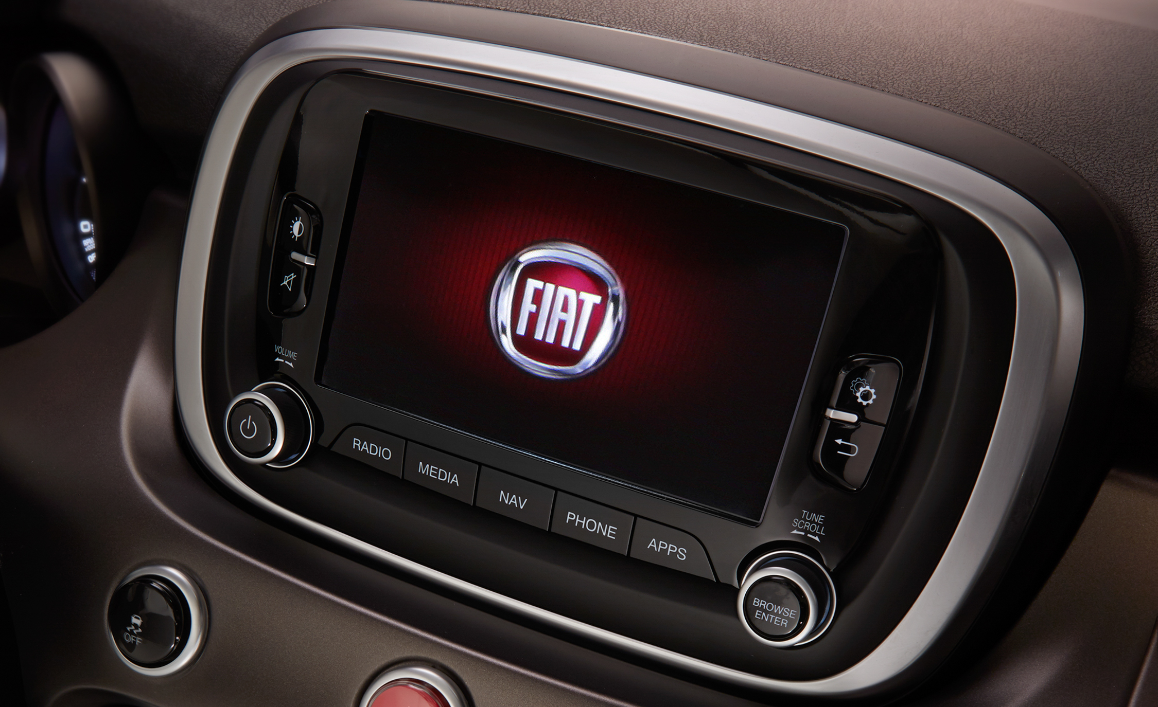 2016 Fiat 500X Lounge Interior Head Unit