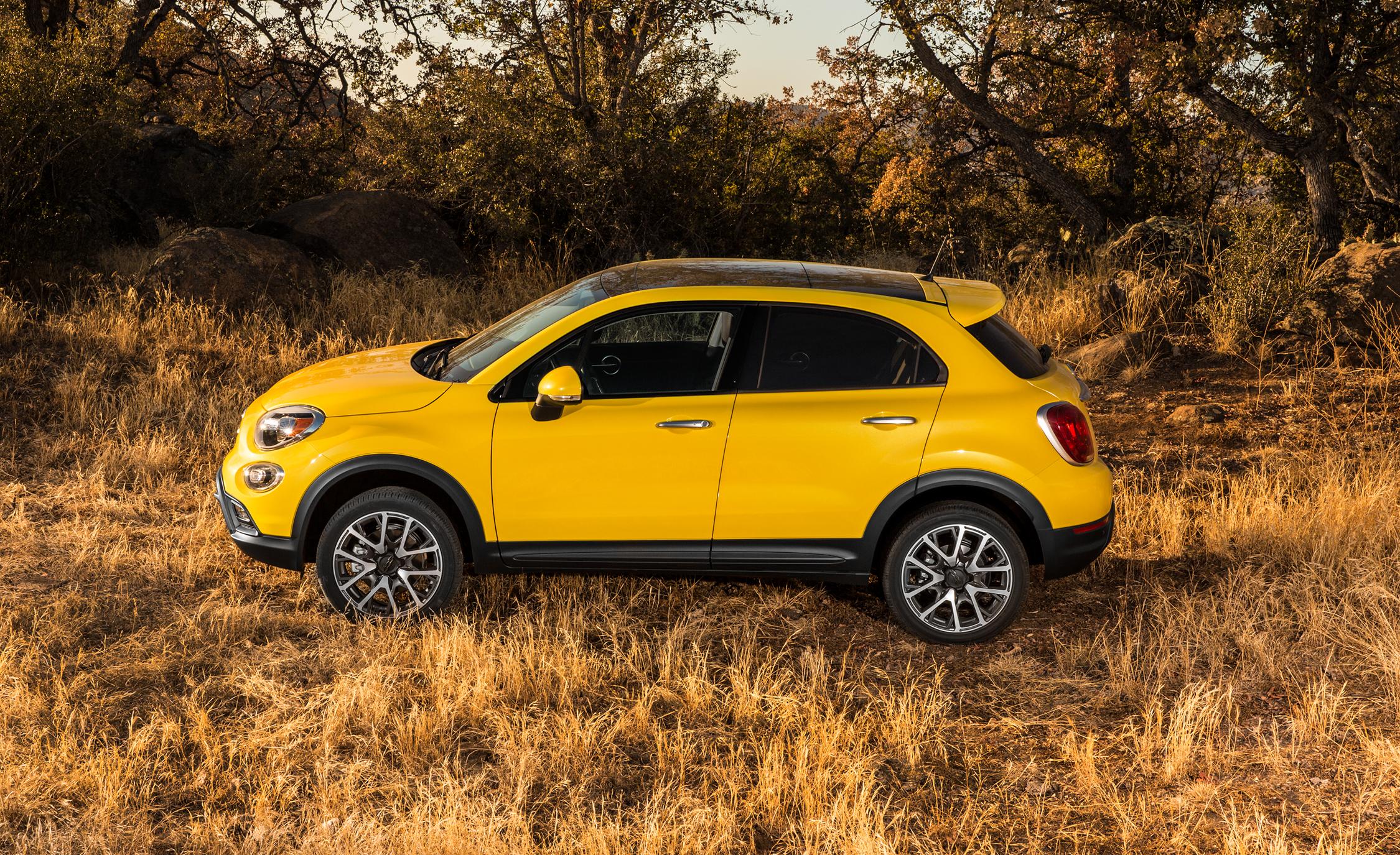 2016 Fiat 500X Trekking Plus - Yellow