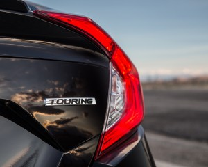 2016 Honda Civic Touring Black Taillight