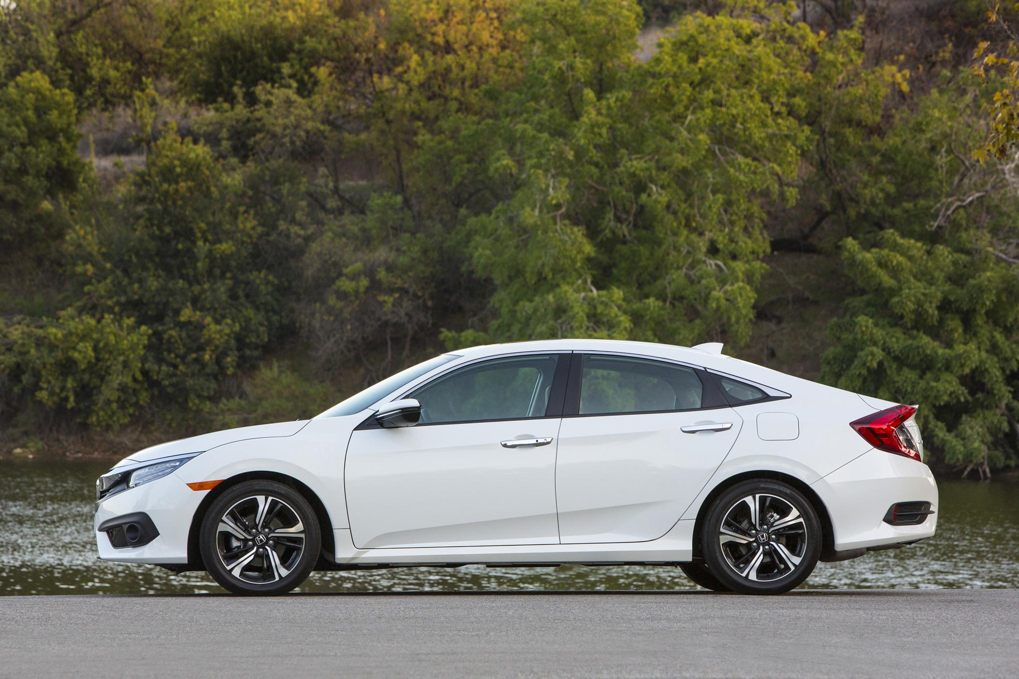 2016 Honda Civic Touring White Exterior Side