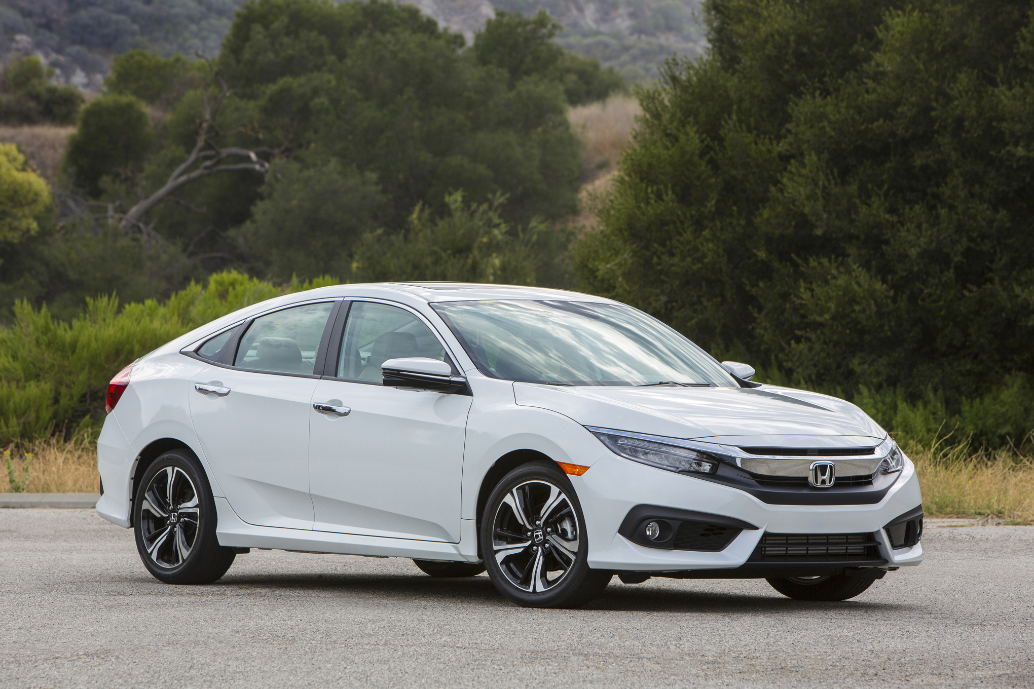 2016 honda civic touring white 7415 cars performance
