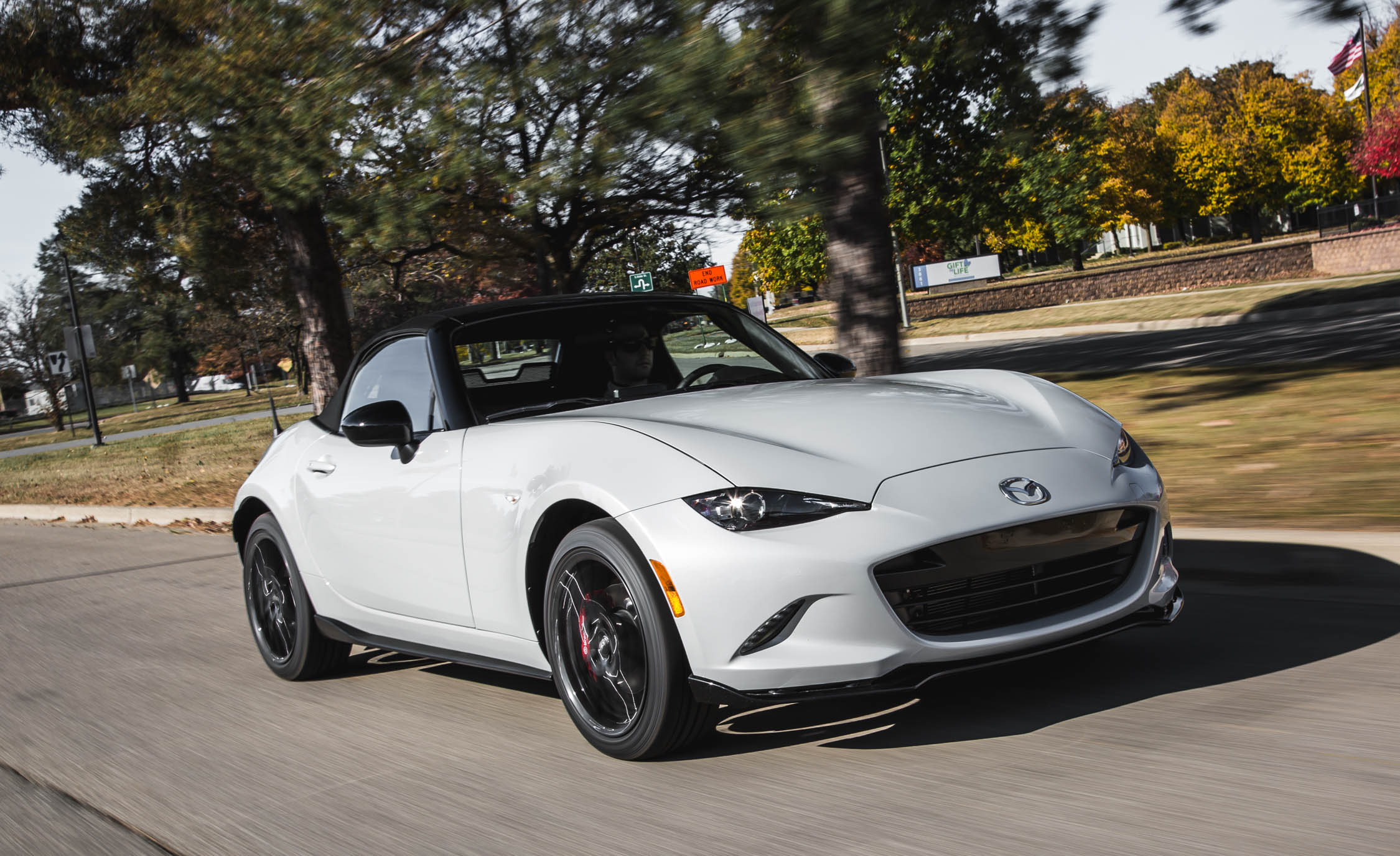 2016 Mazda MX-5 Miata Convertible Review