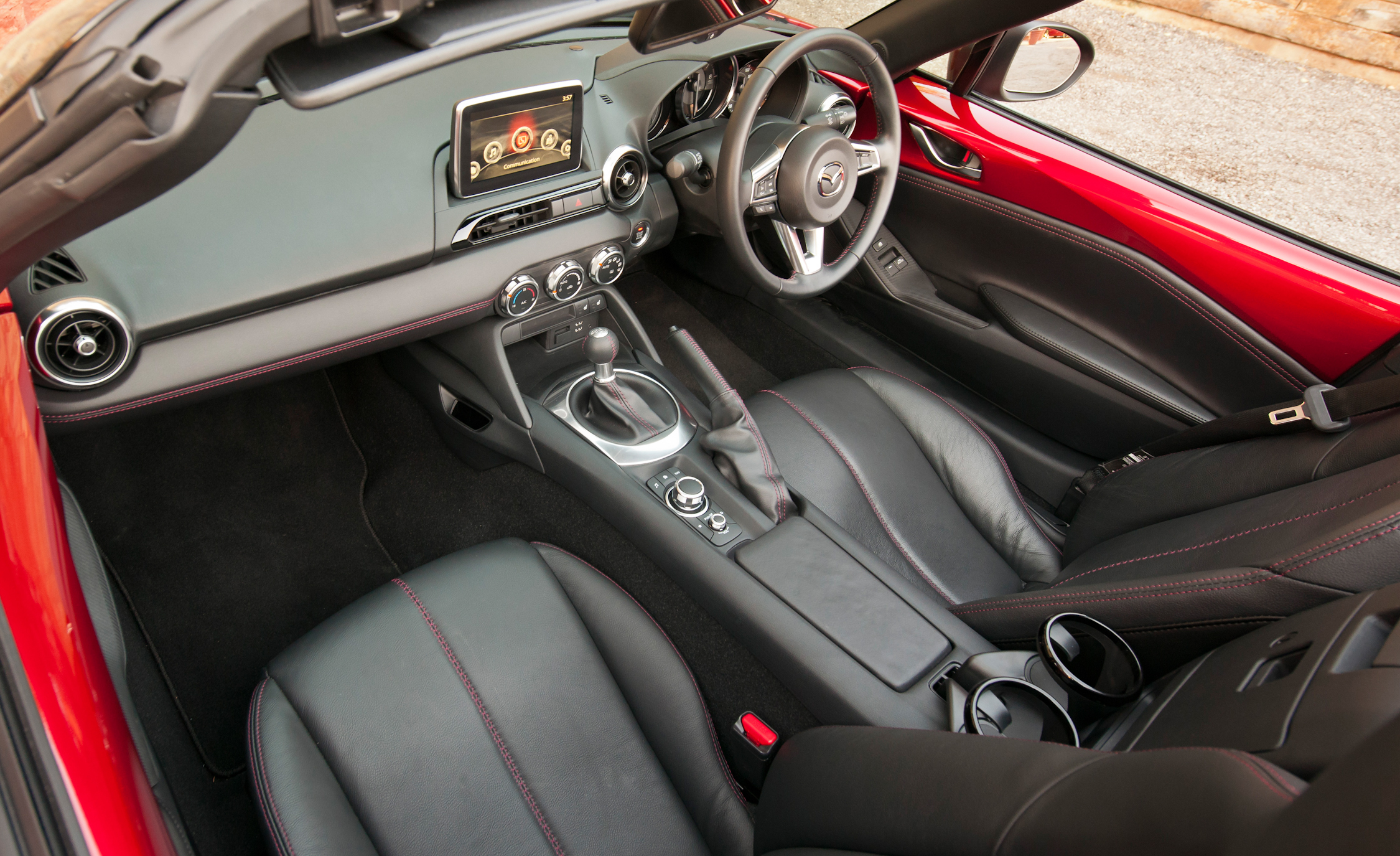2016 Mazda MX-5 Miata Dashboard and Seats Interior