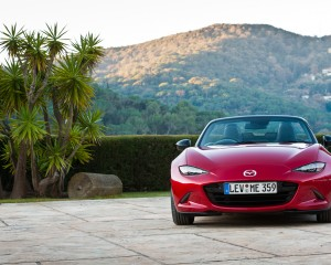 2016 Mazda MX-5 Miata Front End Design
