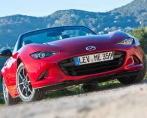 2016 Mazda MX-5 Miata Front Photo