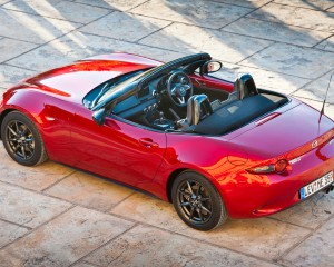 2016 Mazda MX-5 Miata Rear Top View
