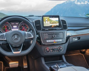 2016 Mercedes-Benz GLE400 4MATIC Interior Dashboard