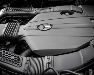 2016 Mercedes-Benz GLE500e 4MATIC Twin-Turbocharged 3.0-Liter V-6 Hybrid Engine