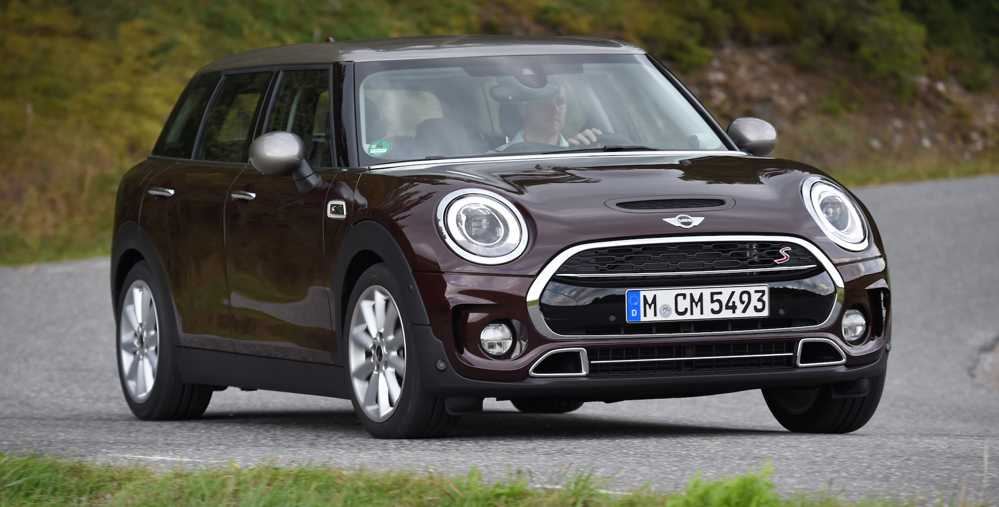 2016 mini cooper s clubman exterior 6933 cars performance reviews and test drive. Black Bedroom Furniture Sets. Home Design Ideas