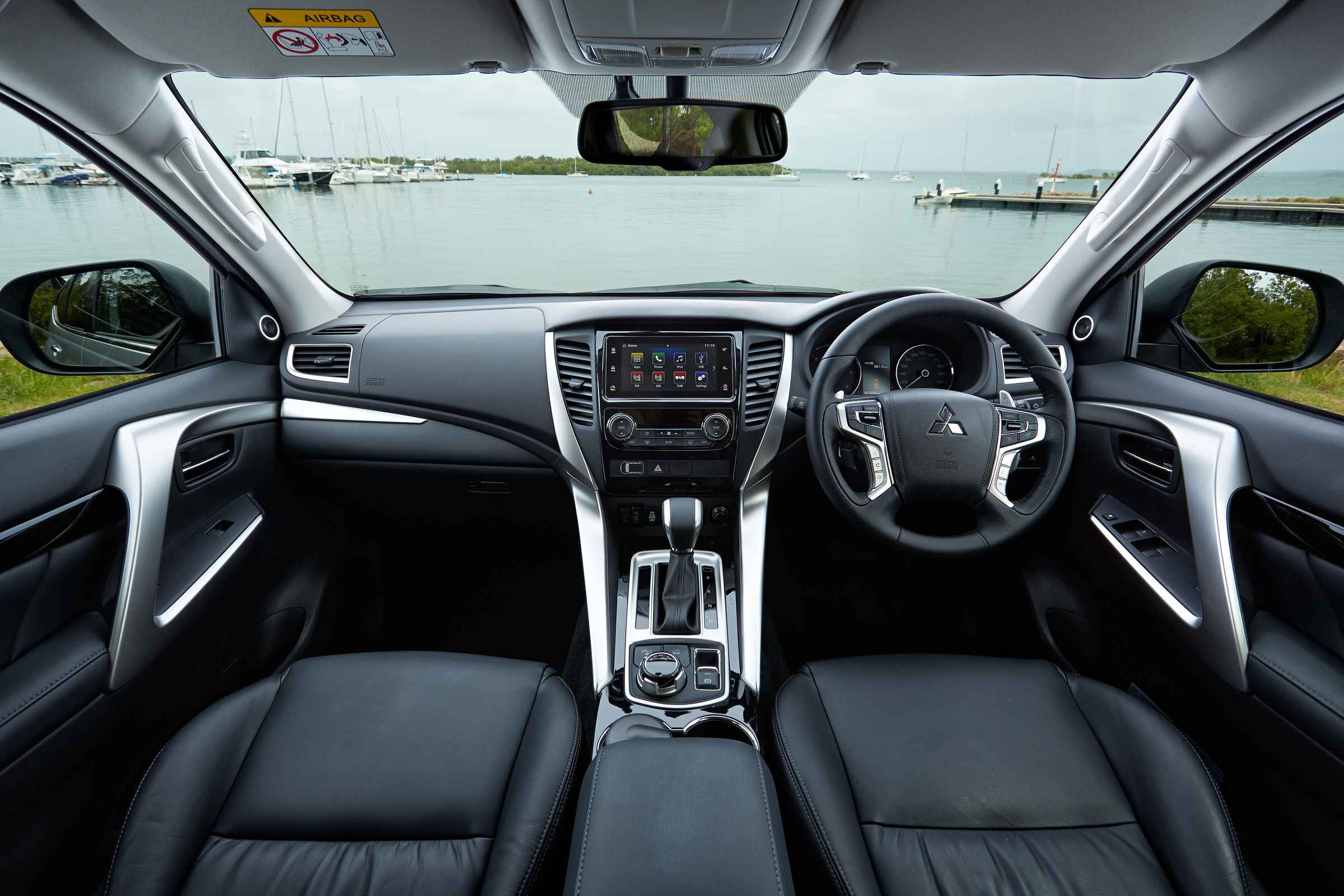 2016 all new mitsubishi pajero sport 7188 cars performance reviews and test drive. Black Bedroom Furniture Sets. Home Design Ideas