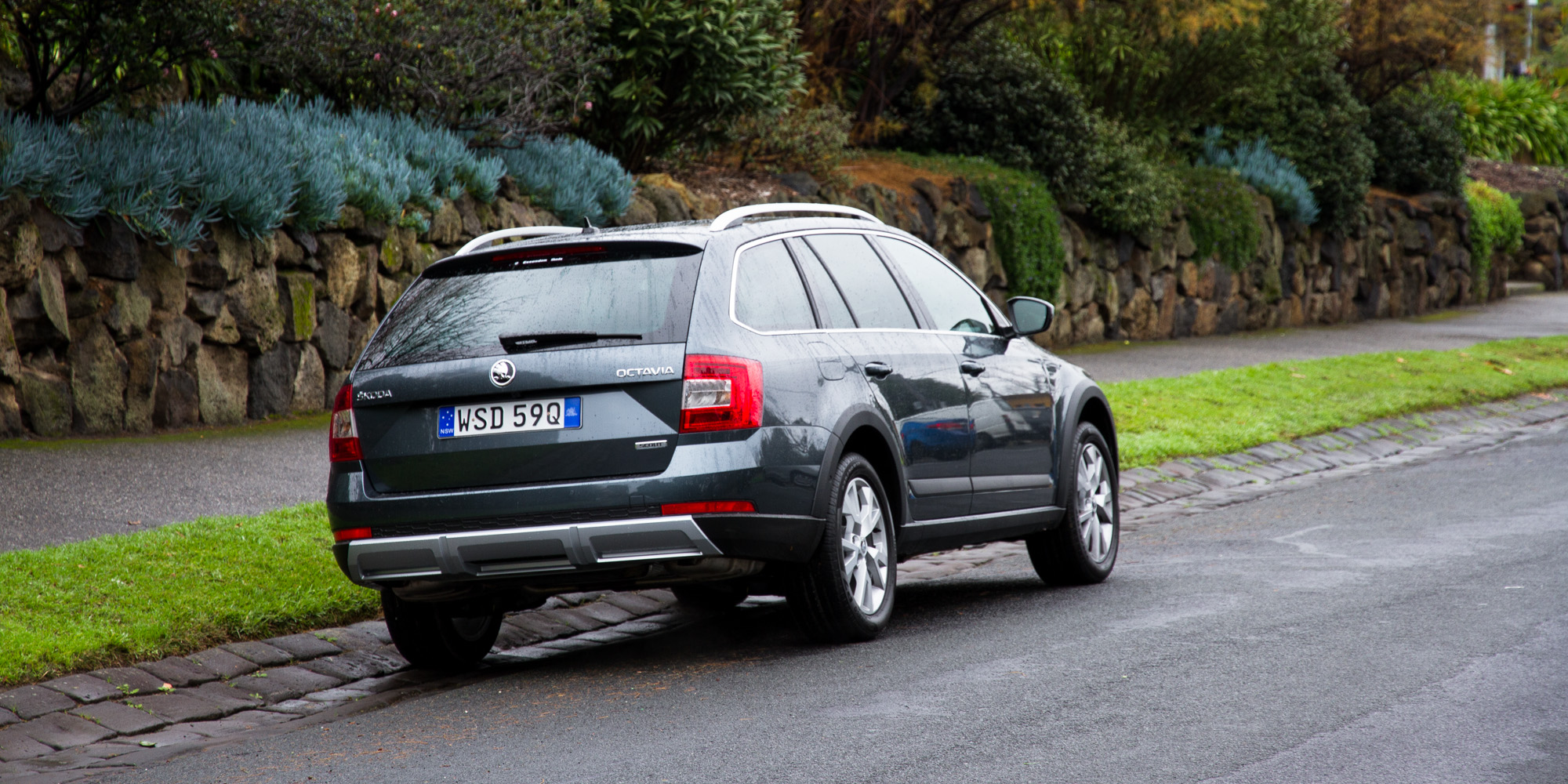2016 Skoda Octavia Scout Test Rear Side View