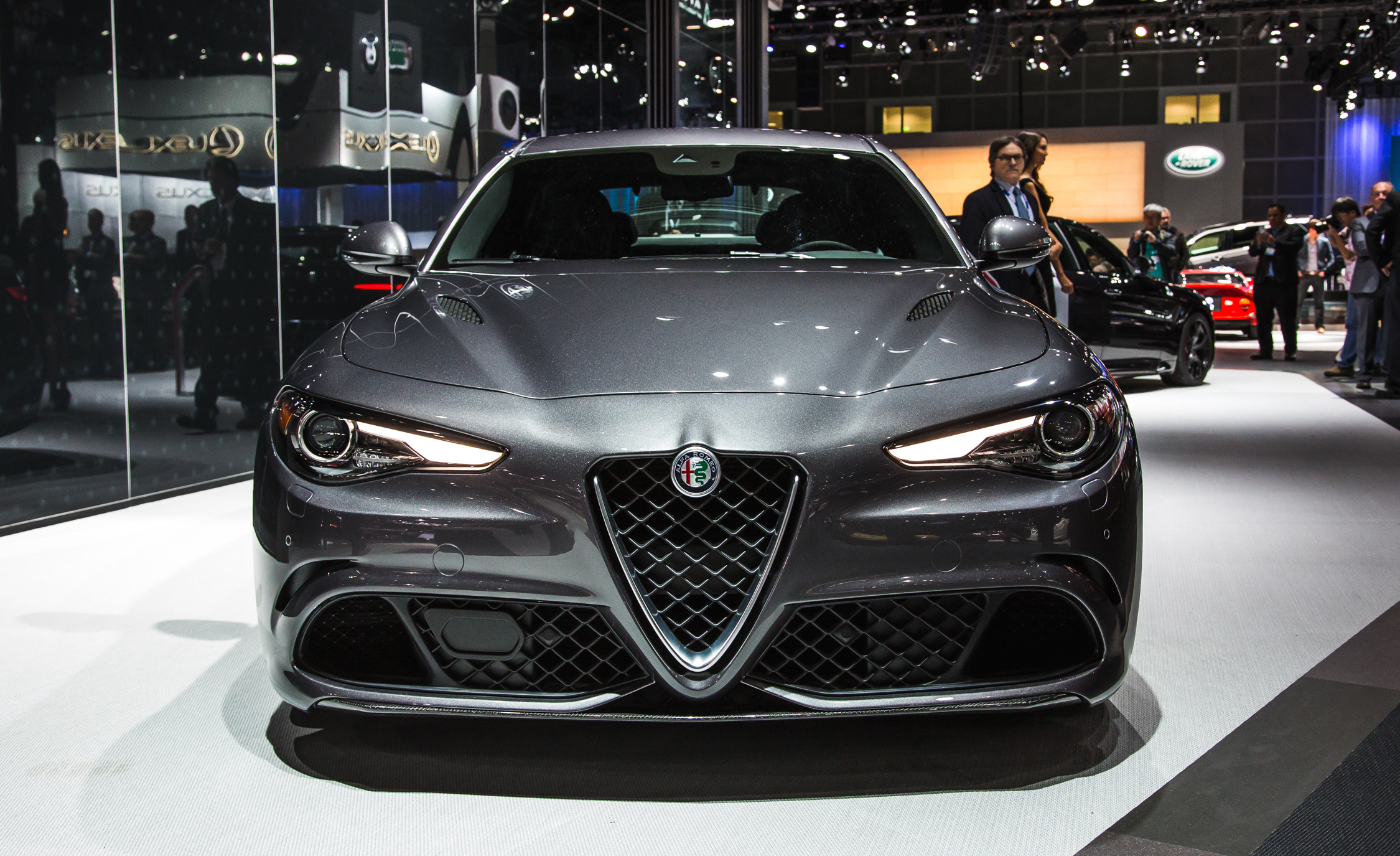 Alfa romeo giulietta maximum speed 12