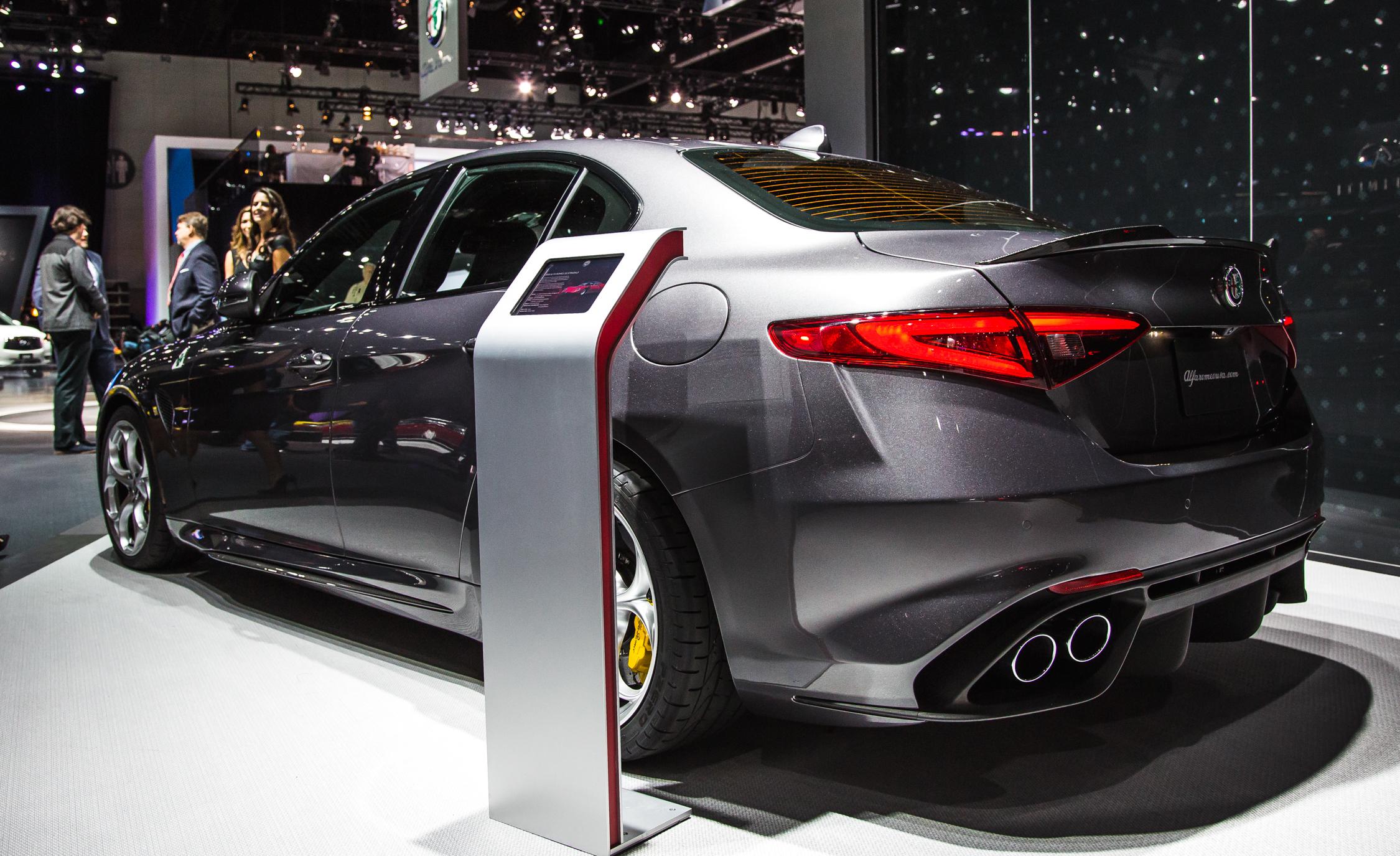 2017 Alfa Romeo Giulia Quadrifoglio Rear Side Design