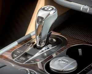 2017 Bentley Bentayga Gear Shift Knob