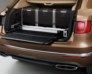 2017 Bentley Bentayga Trunk Space