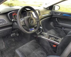 Cockpit Interior 2016 Renault Megane GT