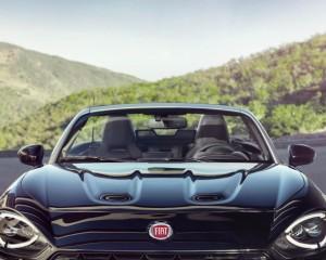 Front End 2017 Fiat 124 Spider