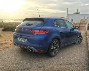 Rear Side Profile Renault Megane GT 2016