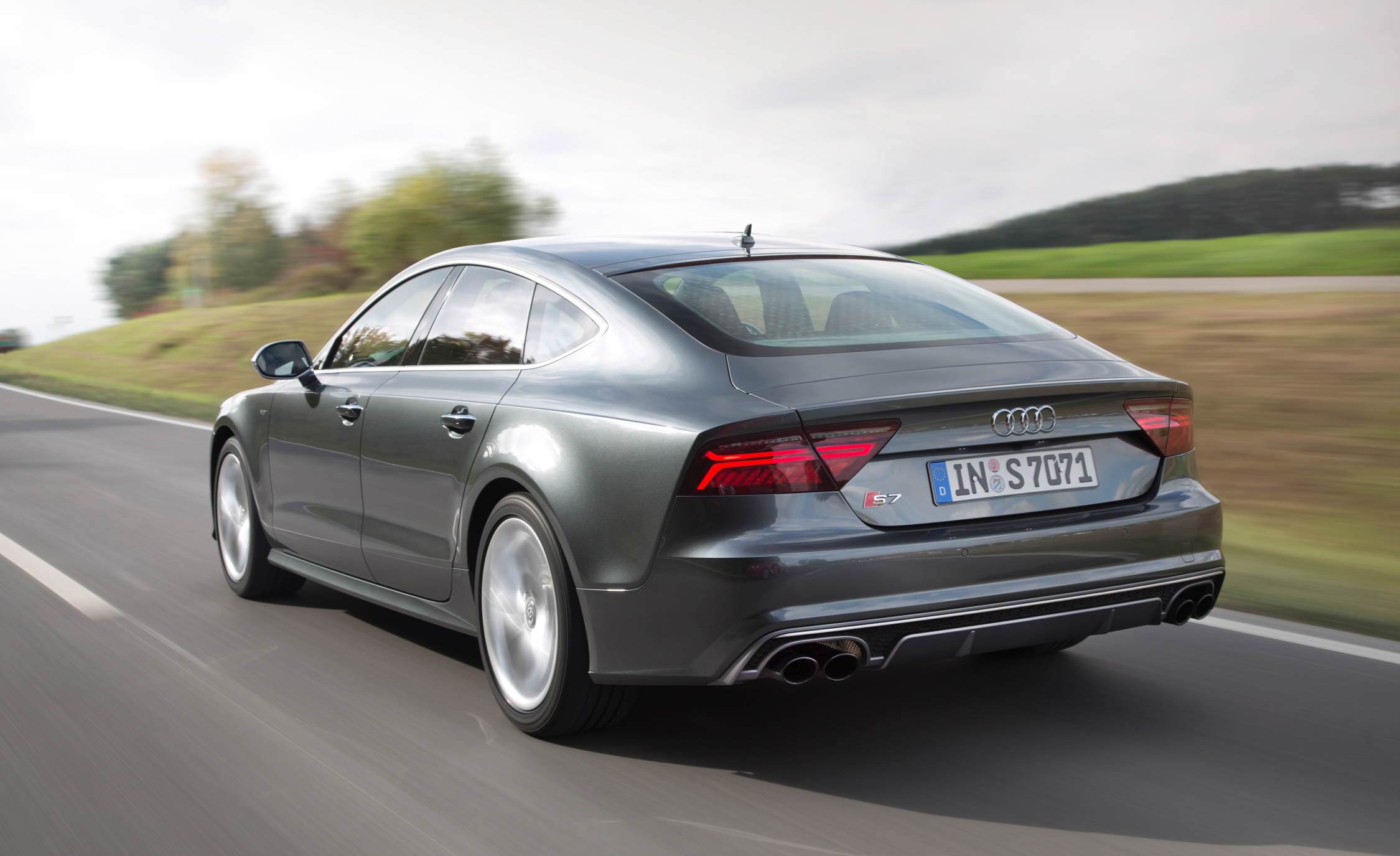 2015 Audi A3 Sedan Rear Side View Photo 35: 2016 Audi S7 Specification And Price #7220
