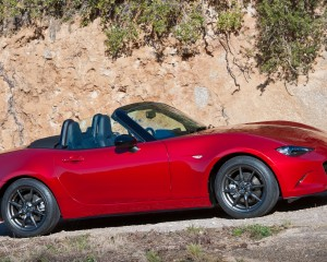 Side Photo 2016 Mazda MX-5 Miata