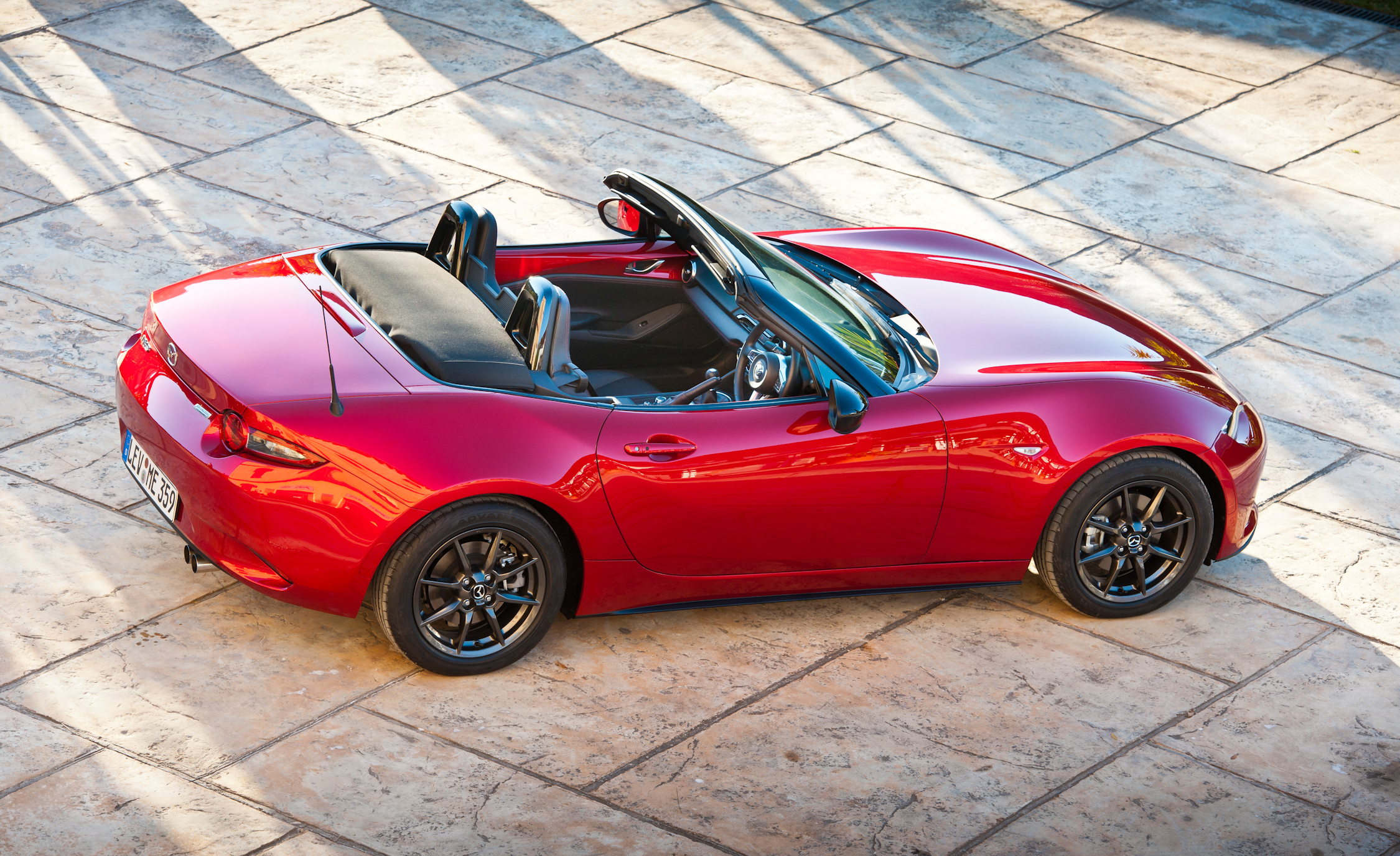 Side Top View 2016 Mazda MX-5 Miata