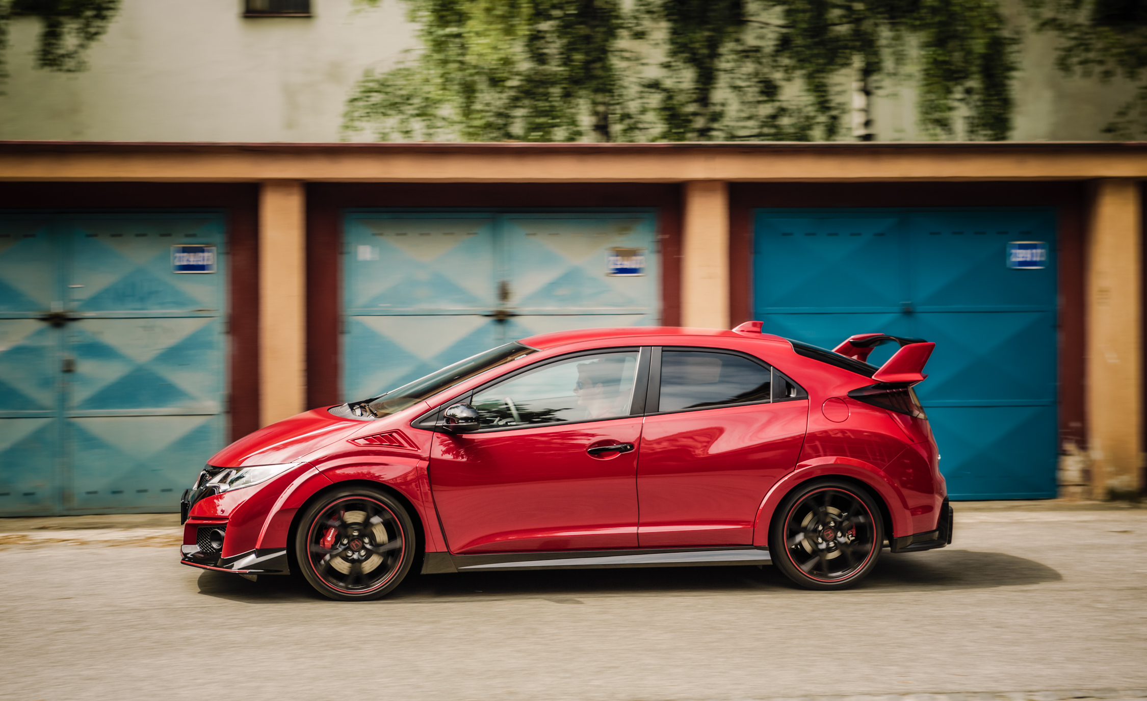 2015 Honda Civic Type R Exterior Full Side Left