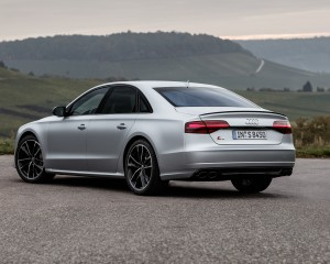 2016 Audi S8 Plus Exterior Side and Rear
