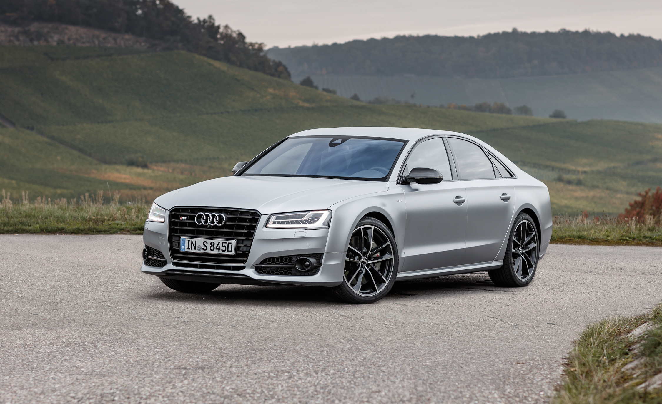 2016 audi s8 plus specifications 8315 cars performance reviews and test drive. Black Bedroom Furniture Sets. Home Design Ideas