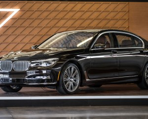 2016 BMW 7-Series Black