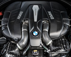 2016 BMW 750i xDrive Twin-Turbocharged 4.4-Liter V-8 Engine