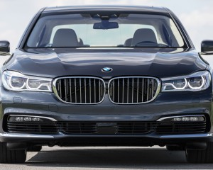 2016 BMW 750i xDrive Gray Metallic Exterior Front
