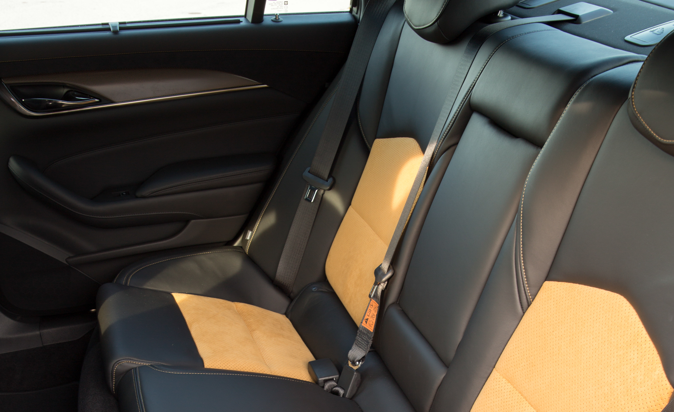 2016 Cadillac CTS-V Interior Seats Rear