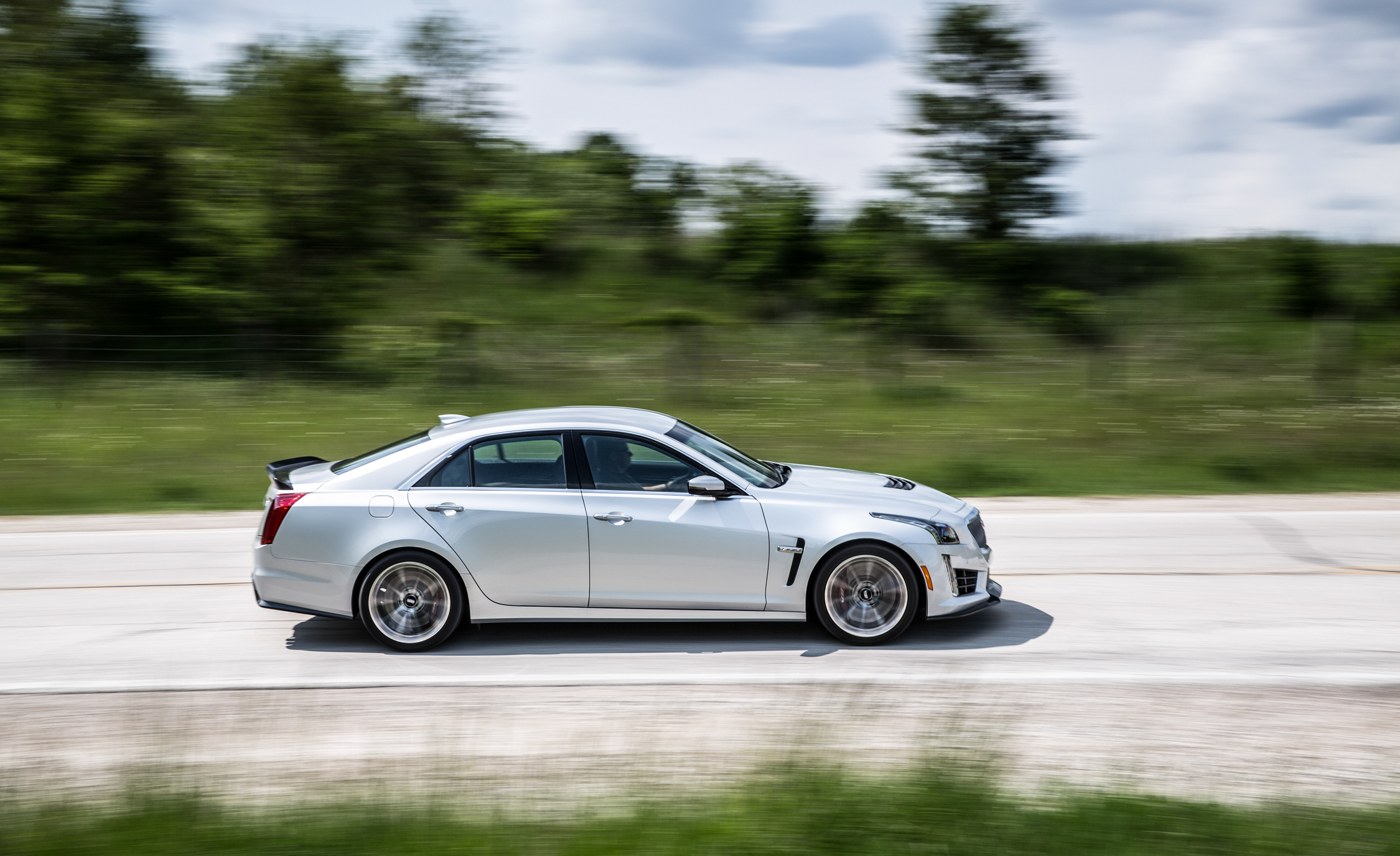 2016 Cadillac CTS-V Test Side View