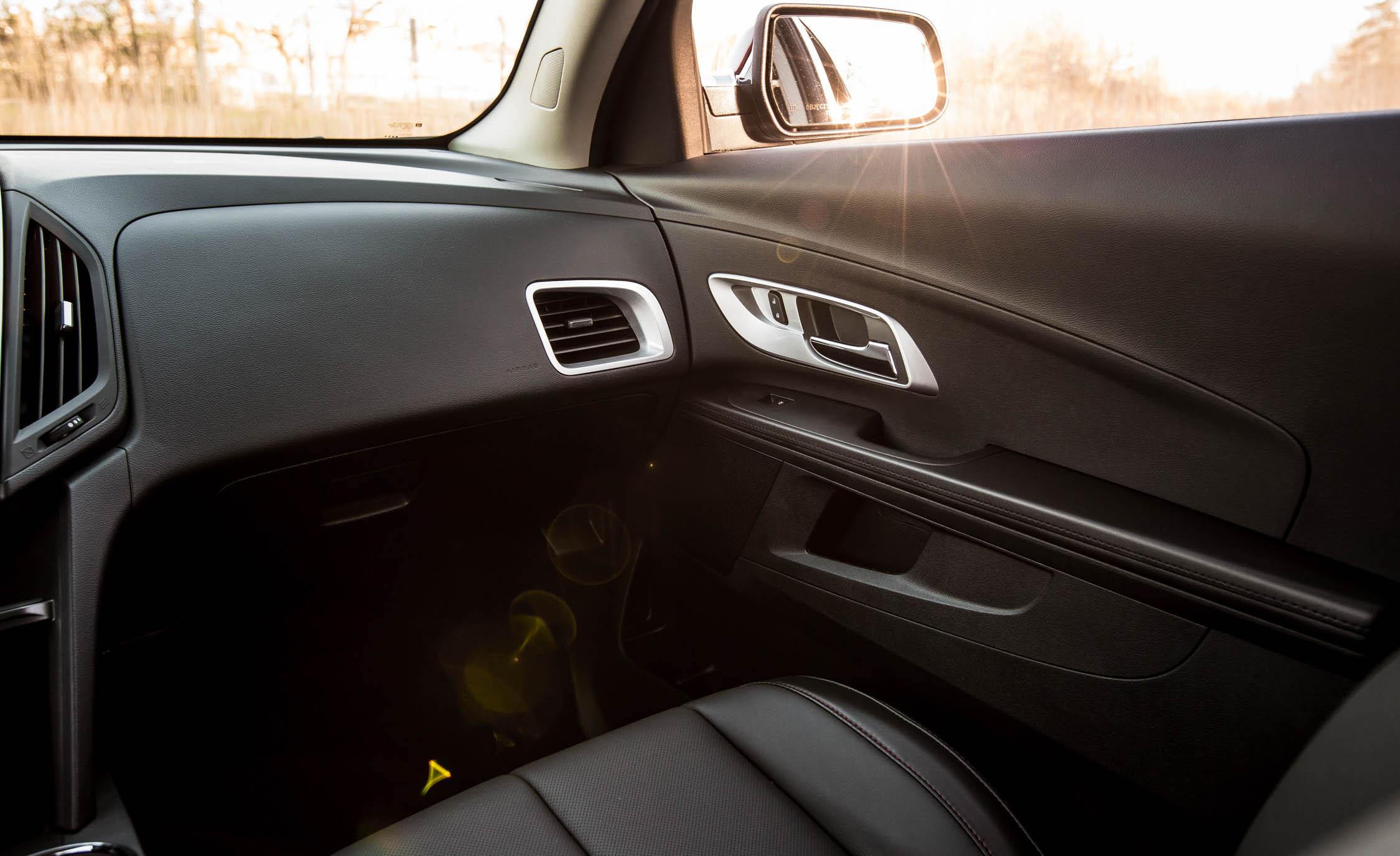 2016 Chevrolet Equinox LTZ Interior Front Passenger Dash