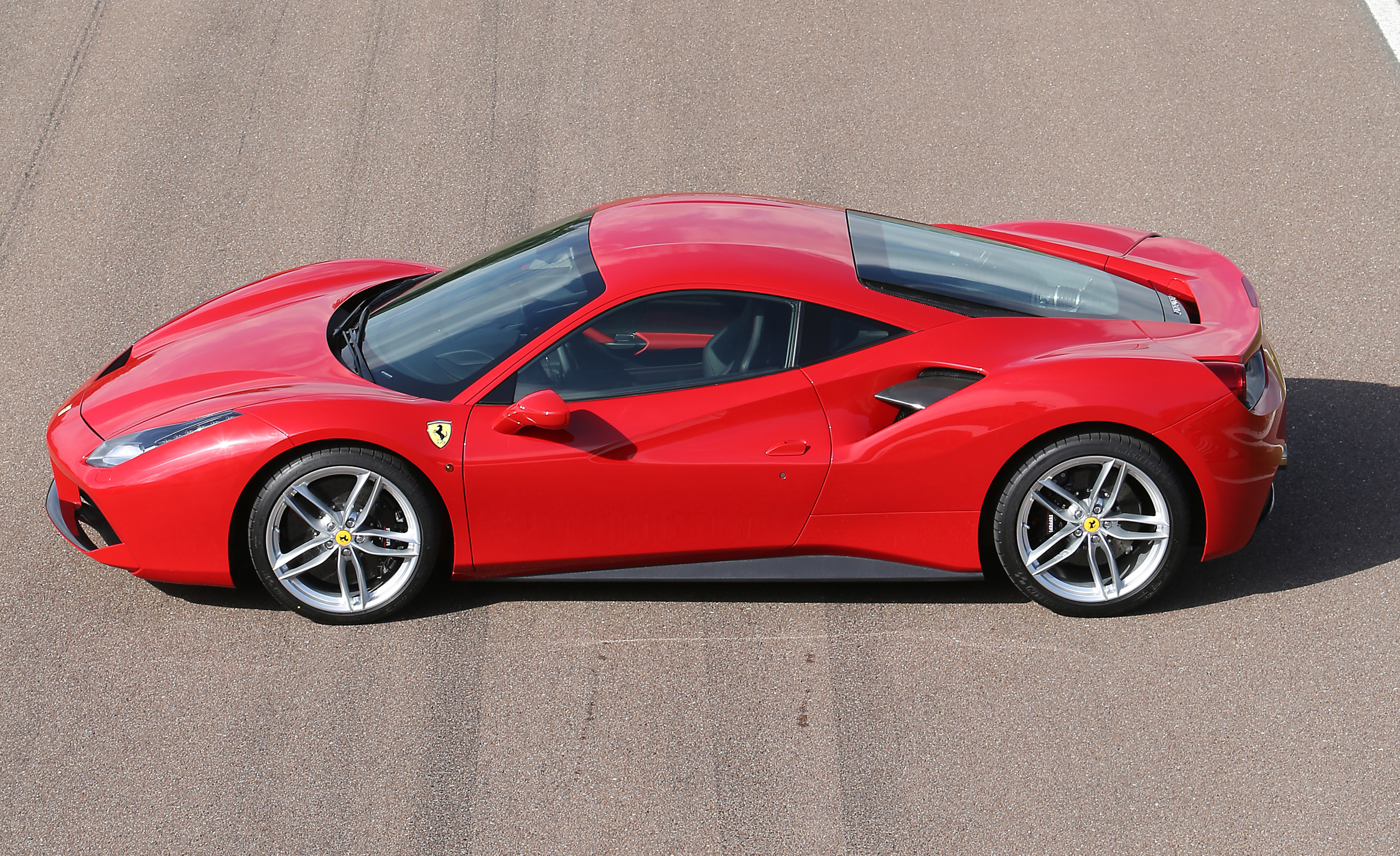 2016 Ferrari 488GTB Exterior Full Top and Side