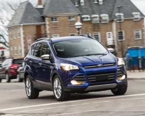 2016 Ford Escape Ecoboost SE Test Front and Side View