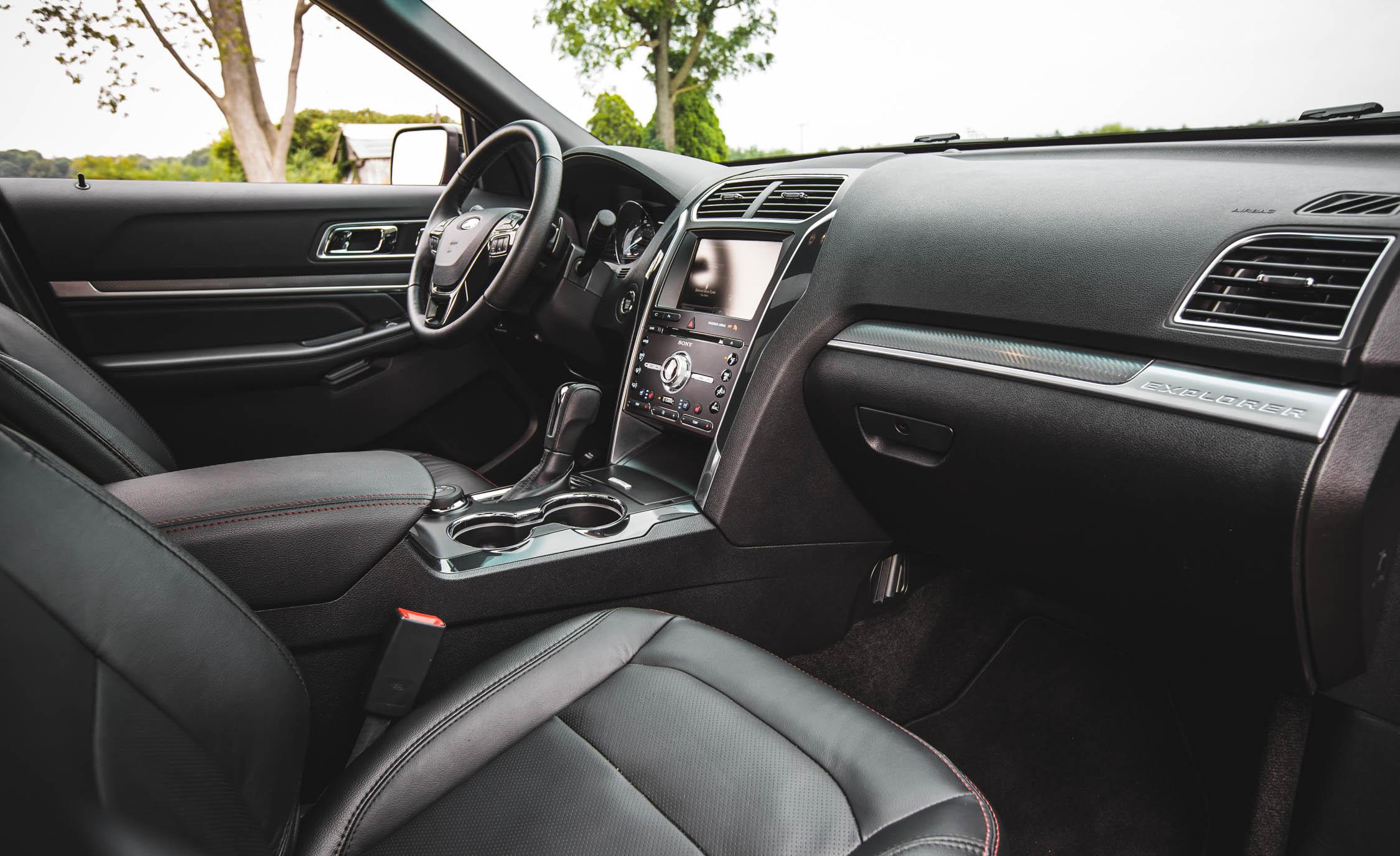 2016 Ford Explorer Sport Interior Front
