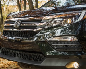2016 Honda Pilot EX FWD Exterior Bumper and Grille