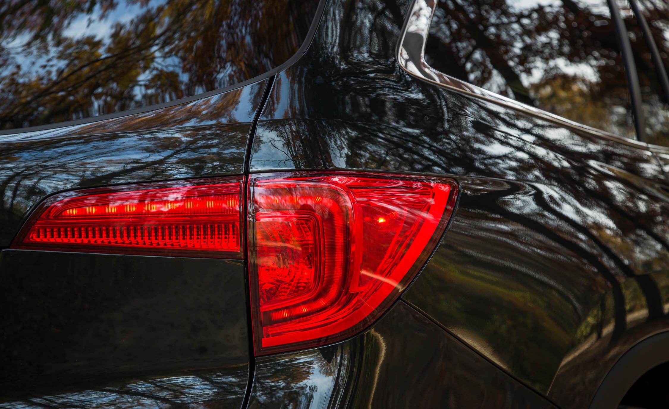 2016 Honda Pilot EX FWD Exterior Taillight Right