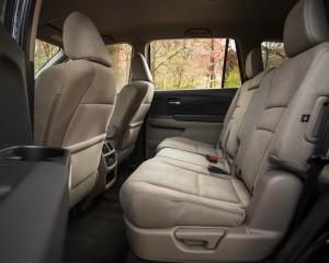 2016 Honda Pilot EX FWD Interior 2nd Row